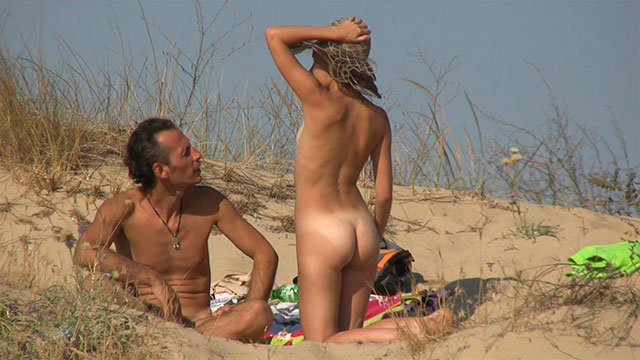 nudist amateur beach couple voyeur beach video