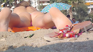 close-up bikini amateur beach voyeur teen